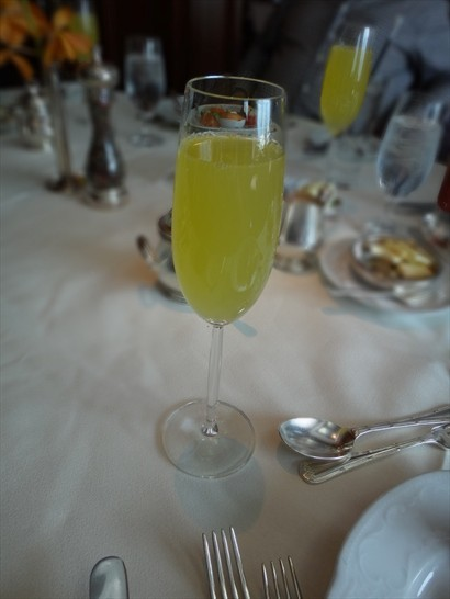 Sunday Jazz Brunch Buffet:Mimosa